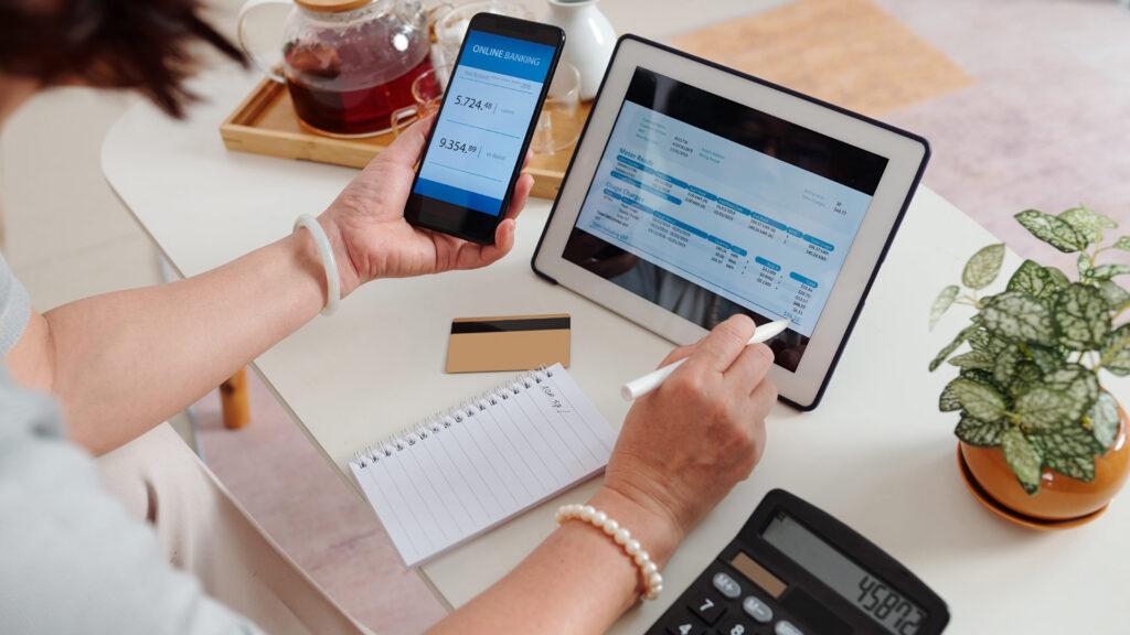 Empreendedor otimiza o controle das contas a receber do seu negócio.